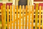 Picket fencing