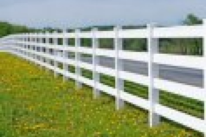 Your Local Fencer Pvc fencing 720 480